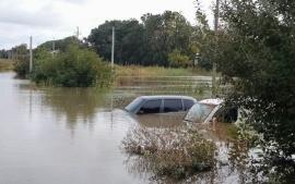 أمطار غزيرة ورياح شديدة تسبب سيول جارفة و أضرارفي أوكرانيا
