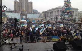 """سوريو أوكرانيا يحيون الثورة في """"الميدان"""""""