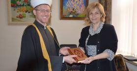 """مرشحة الرئاسة الأوكرانية""""أولغا باقامولتسا"""" تتعهد بدعم مسلمي أوكرانيا"""