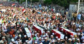 أوكرانيا تتابع تطورات الأوضاع وتدعو إلى حل سلمي في مصر