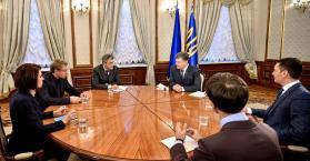 حوار صحفي للرئيس الأوكراني