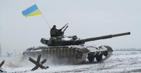 الجيش الأوكراني يقول إنه علق العمليات القتالية في شرق البلاد