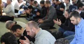 """أوكرانيا مستعدة لإجلاء رعاياها من سوريا وفعاليات """"إيمانية"""" تضامنا مع شعبها"""