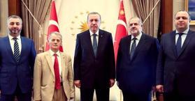 وراء الأبواب المغلقة.. أردوغان يناقش قضية القرم مع قادة تتار القرم (صور)
