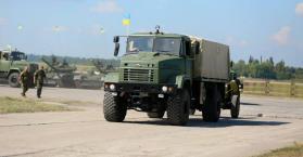 الجيش الأوكراني في 2015 ..ميزانية قياسية وارتفاع في التعداد إلى ربع مليون
