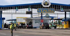 غضبا من كييف.. روسيا تفتش السيارات وتعرقل دخول البضائع الأوكرانية إليها