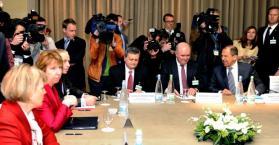 أوكرانيا تعلن إستعدادها لمحادثات جينيف -2 و روسيا تشترط حضور المعارضة