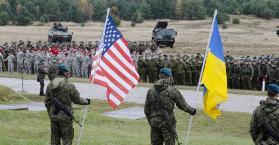 روسيا تنتقد وصول 300 مظلي أمريكي إلى أوكرانيا