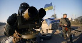 قذائف مدفعية تهز مطار دونيتسك بشرق أوكرانيا