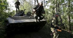 مقتل جندي أوكراني في قصف للانفصاليين شرق البلاد