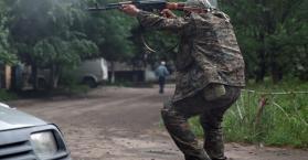 مقتل 10 أوكرانيين بينهم 7 جنود تم إستهدافهم بقذيفة