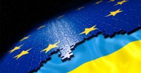 أمريكا تدعو أوكرانيا إلى حل المشاكل وتحقيق الشراكة مع الاتحاد الأوروبي