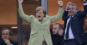ميركل ستحضر مباراة اليورو النهائية في أوكرانيا إذا تأهل إليها منتخب ألمانيا