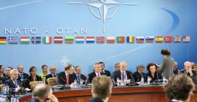 الناتو يحذر الانفصاليين من احتلال أراض أوكرانية جديدة