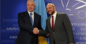 البرلمان الأوروبي يرسل أطباء ومحامين إلى أوكرانيا لعلاج تيموشينكو ومتابعة قضيتها