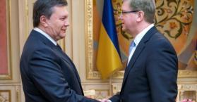 الاتحاد الأوروبي يقترح تشكيل حكومة ائتلافية للخروج من الأزمة في أوكرانيا