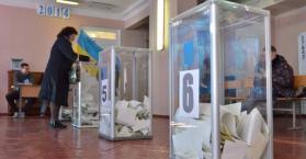 من رحم أزمتها.. انتخابات برلمانية مبكرة في أوكرانيا
