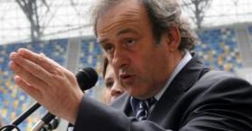 بلاتيني ينتقد الدعوات الأوروبية لمقاطعة مباريات اليورو 2012 في أوكرانيا