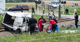 بولندا تعزي أوكرانيا بوفاة 9 عمال أوكرانيين في حادث تصادم على أراضيها