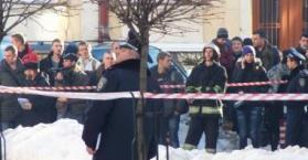 مقتل شخص وإصابة اثنين آخرين إثر انفجار قنبلة يدوية في جامعة بأوكرانيا