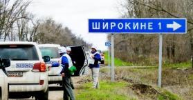 """بسبب القصف المستمر.. نزوح جماعي من منطقة """"شيروكينا"""" بشرق أوكرانيا"""