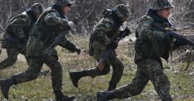 أوكرانيا تستعد للقتال منتظرة دعم الغرب