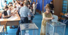 انتخابات أوكرانيا الرئاسية 2014.. إقبال كبير وآمال كثيرة