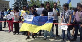 احتجاج في مدينة خاركيف شرق أوكرانيا بعد اعتداء دام على طلاب عرب