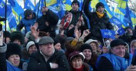 أنصار النظام الأوكراني يستأنفون التظاهر، والمعارضة تحدد مرشحيها لانتخابات الرئاسة
