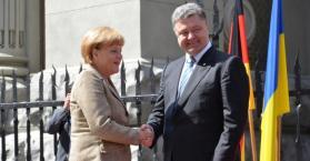 ميركل في أوكرانيا لدعمها وتقديم حلول سياسية فقط