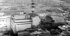 أوكرانيا تحيي الذكرى 27 لانفجار مفاعل تشرنوبل، وتستمر ببناء ساتر حوله