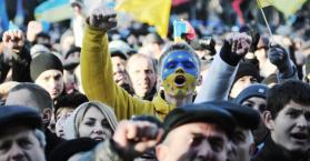 ضد تجميد الشراكة مع أوروبا.. من هم المحتجون في أوكرانيا؟