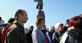 إسقاط تماثيل لينين.. مرحلة جديدة يكتبها التاريخ لأوكرانيا