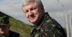 الرئيس الأوكراني يقيل وزير الدفاع لتورطه في قضايا فساد