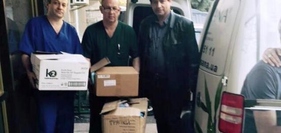 نقابة الأطباء العرب في أوكرانيا تقدم مساعداتها للجنود الجرحى في شرق البلاد