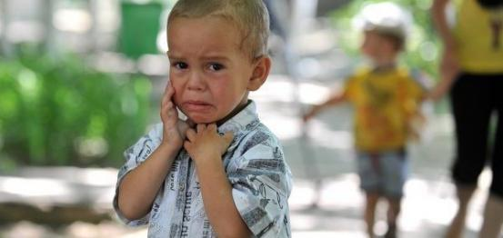 الأطفال يدفعون ضريبة أزمة صنعها الكبار في أوكرانيا