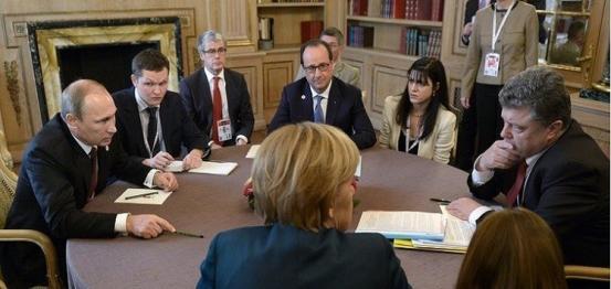 بوتين وميركل وهولاند وبوروشينكو يدعون لوقف دائم لإطلاق النار بأوكرانيا