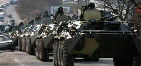 أوكرانيا تبدأ سحب الدبابات من مناطق التماس في لوهانسك بداية من الغد
