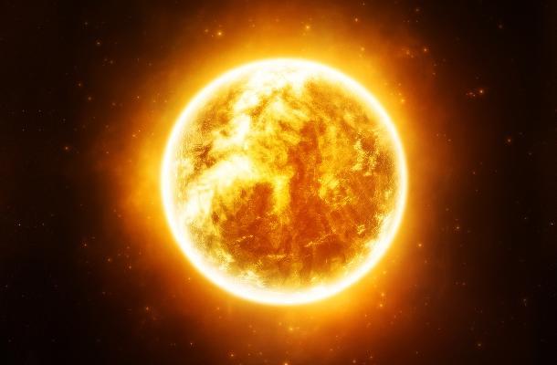"""علماء أوكرانيون يحذرون من """"عواصف شمسية"""" مع بداية الشهر المقبل"""