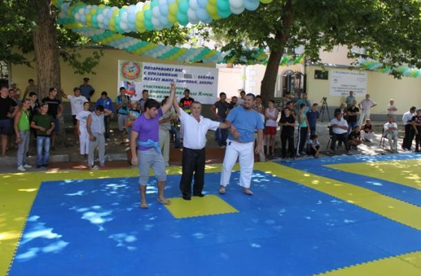 """بمناسبة العيد.. تنظيم بطولة """"قريش"""" القتالية الشعبية في القرم"""