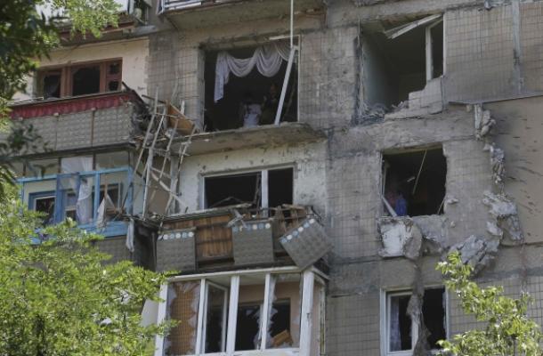 آثار المعارك في دونتسك