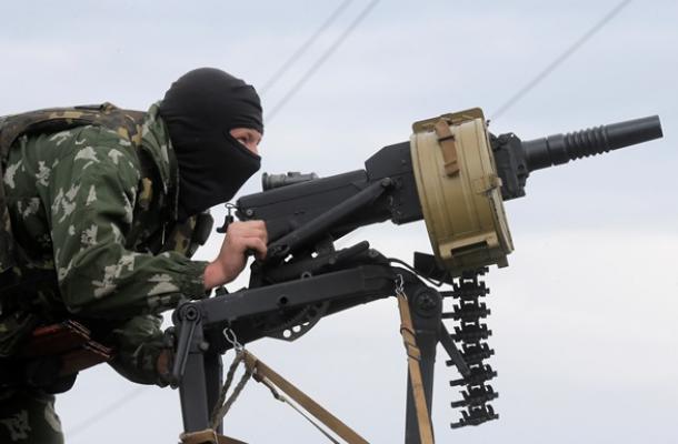 قتلى وجرحى إثر مهاجمة انفصاليين مركز قيادة حدودي بمقاطعة لوهانسك شرقي البلد