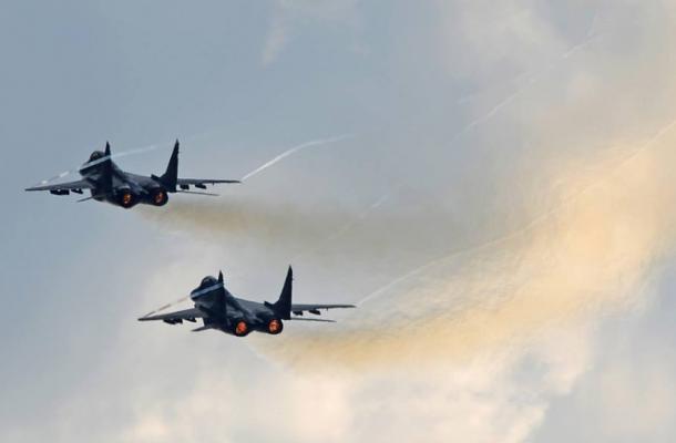 """مقاتلتان من طراز """"ميغ – 29"""" تمنعان طائرة حكومية روسية من عبور أجواء أوكرانيا"""