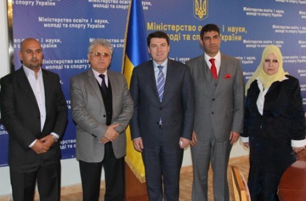 الوفد بحث مع نائب وزير التعليم والعلوم والشباب والرياضة تطوير العلاقات العلمية بين العراق وأوكرانيا