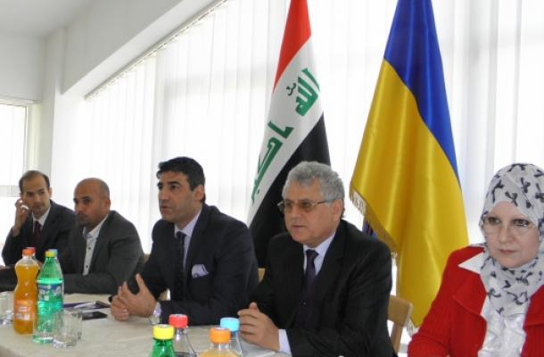وفد من وزارة التعليم العالي العراقية يبحث شؤون الطلبة العراقيين في أوكرانيا