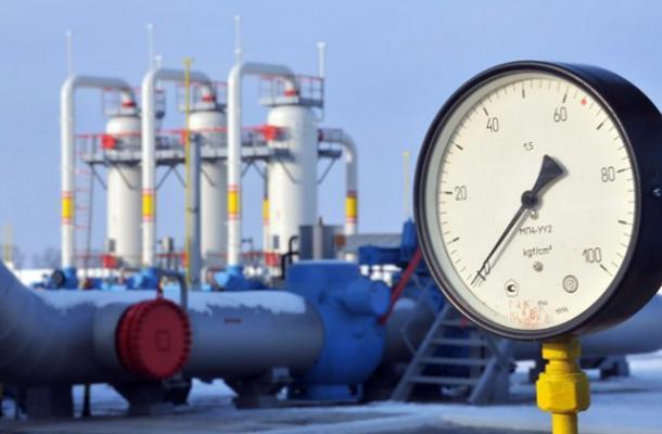 أوكرانيا تلوح بتجميد جزء من منظومتها لنقل الغاز الروسي إلى أوروبا