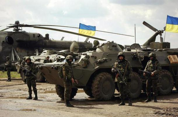"""أوكرانيا: أمريكيون سيدربون 900 جندي من قوات """"الحرس الوطني"""" قريبا"""