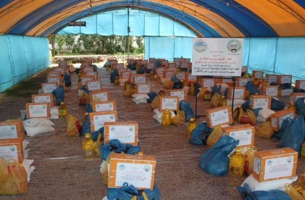 اتحاد الرائد يوزع الطرود الغذائية الرمضانية على فقراء وأيتام مسلمي القرم