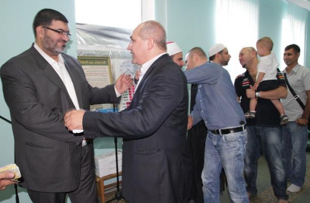 د. باسل مرعي رئيس اتحاد الرائد مهنئا مسلمي كييف بالعيد