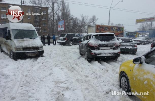 جانب من شلل حركة المركبات في كييف
